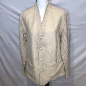 100% Alpaca sweater vest. Made in Peru.